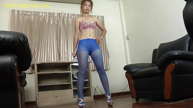 Kendra Sunderland a legkínosabb lány a élő magyar porno világon, FullHD 1080p.