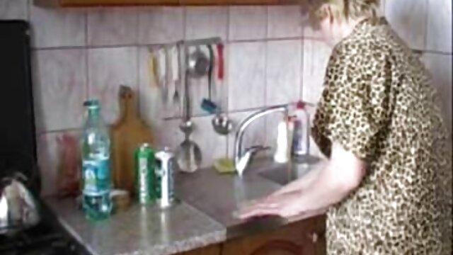 A nagy szaftos seggét megjelent magyar amatőr házipornó