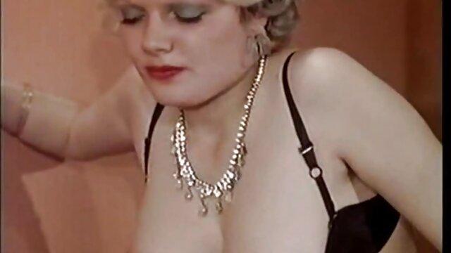 Kate England idős magyar szex zenész